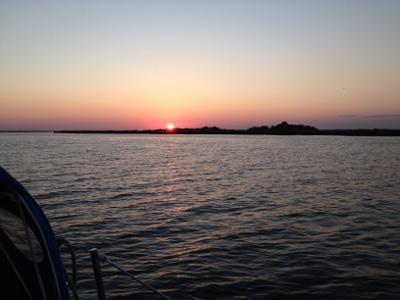 sunset-queens-island